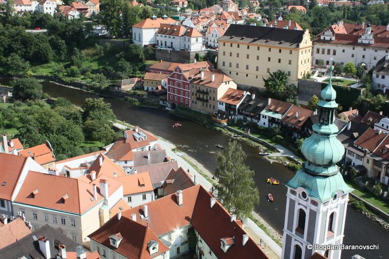 Orașul scăldat de râul Vltava