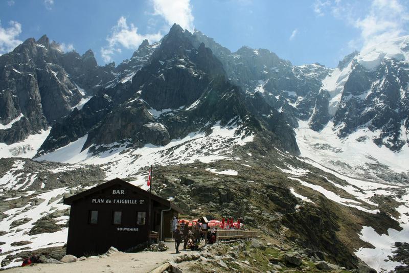 02. Prima etapă a ascensiunii pe Mont Blanc – la 2317 metri