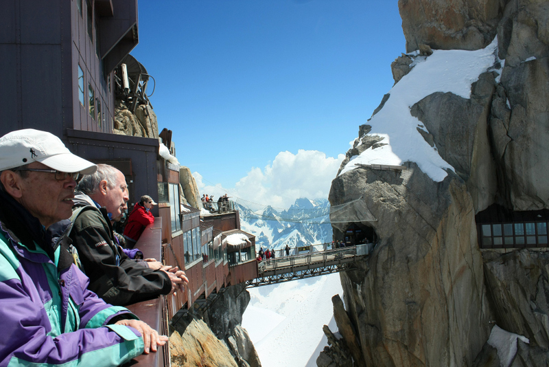 05. Pe platformele belvedere amenajate la 3842 metri din masivul Mont Blanc